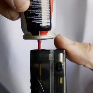 Как заправить зажигалку баллончиком: советы и полезные хитрости